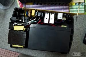 Repairing-UPS-6-720x480